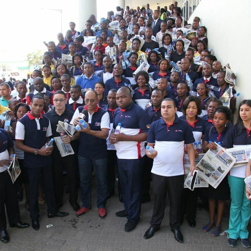 Evangelistas realizam ação em Xipamanine, bairro carente da capital moçambicana2 min read
