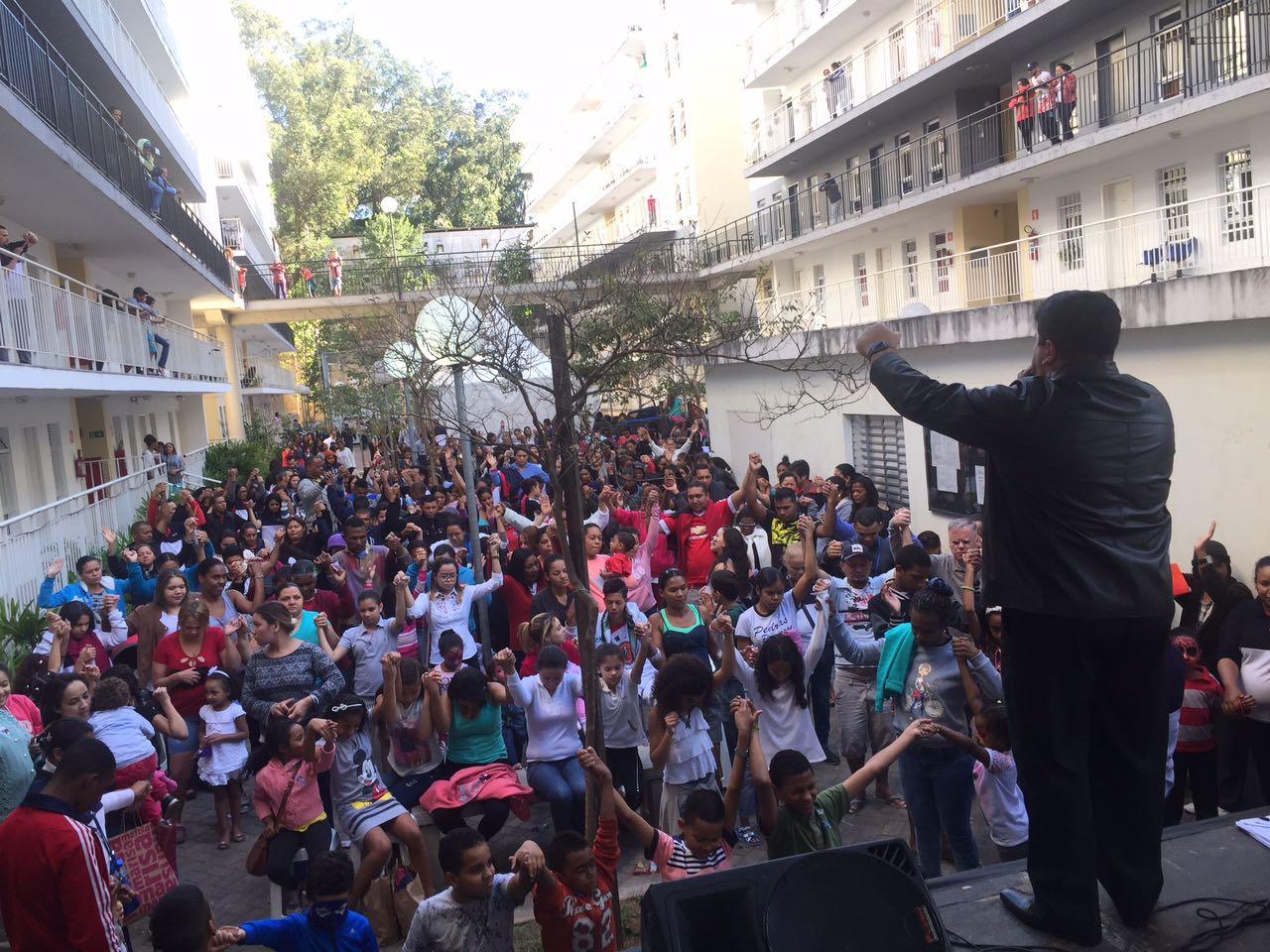 Famílias do Real Parque recebem o apoio do grupo A Gente da Comunidade2 min read