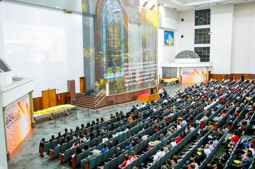 """""""Congresso Renovação"""" reúne líderes evangélicos2 min read"""