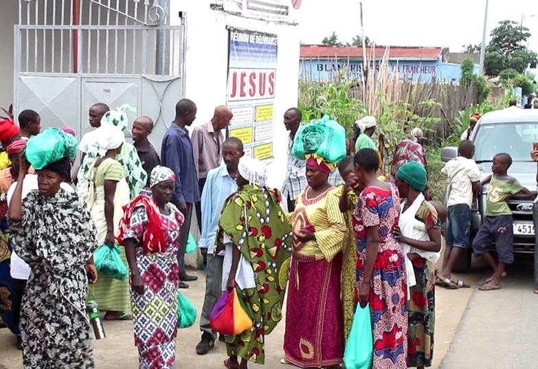 Universal reúne idosos em ação social em Burundi, na África Oriental2 min read