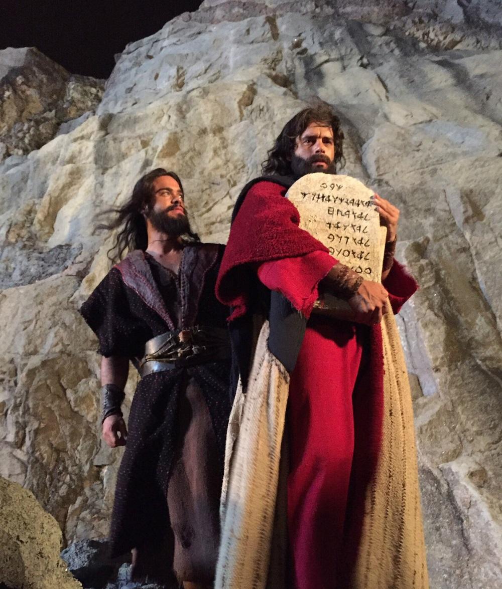 Histórias bíblicas quebram recordes de audiência no exterior
