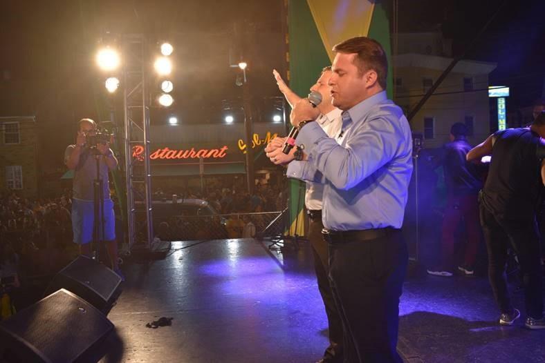 Público do Brazilian Day recebe mensagem de fé