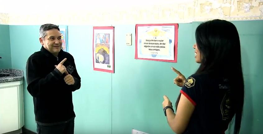EVG Libras: alcançando as pessoas por meio da linguagem de sinais