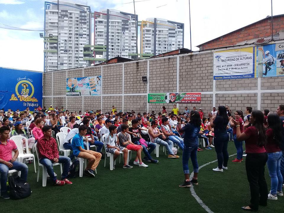 FJU reúne mais de 10 mil jovens em evento na Colômbia