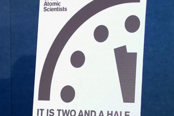 """Faltam apenas """"2 minutos e meio"""" para o Fim dos Tempos2 min read"""