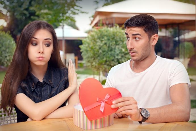 """""""Minha namorada não é romântica, o que faço?""""4 min read"""