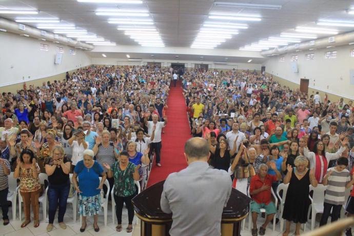 """""""O Dia do Maior Milagre"""" reúne mais de 1,7 mil pessoas em Novo Hamburgo2 min read"""