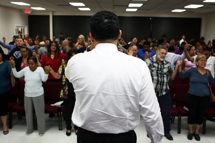 Novas igrejas no Texas, Estados Unidos1 min read
