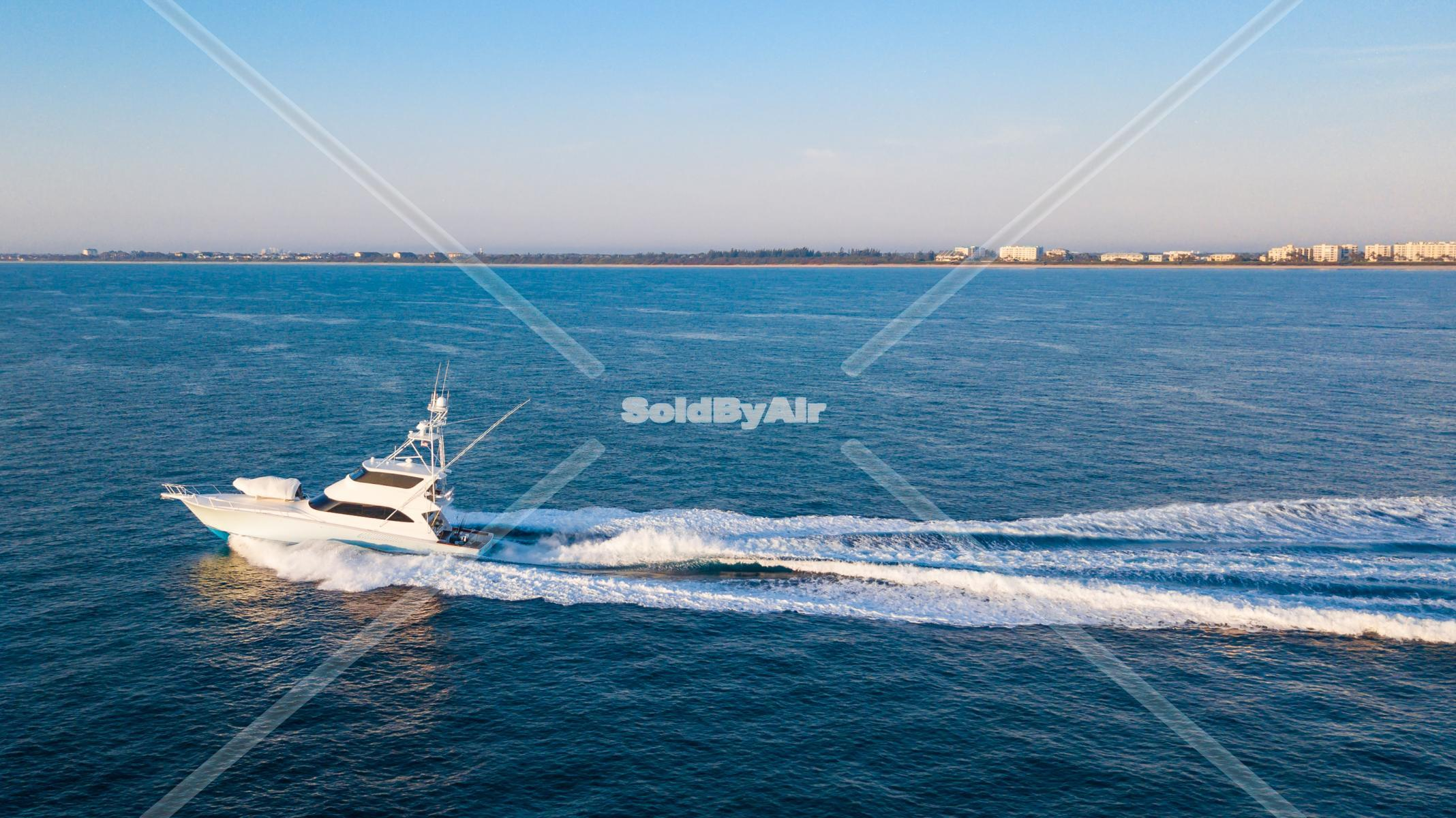 Drone Photo of Boat 1mile offshore  in Jupiter Florida