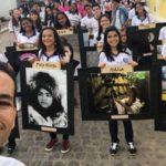 Professor Jayse Ferreira e alunos desfilam com seus projetos pelas ruas de Itambé