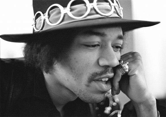 Jimi Hendrix  a rock demi god