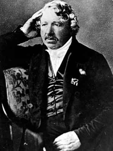 https://s3.amazonaws.com/pq-imgs/images/bios/Louis-Daguerre.jpg-9899.jpg