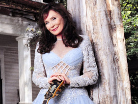 Loretta Lynn Country Music Sensation