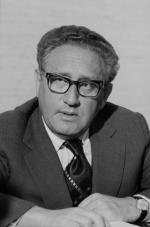 Henry Kissinger - Negotiator with the World