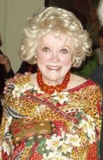 Phyllis Diller: Stand-Up Comedy Genius!