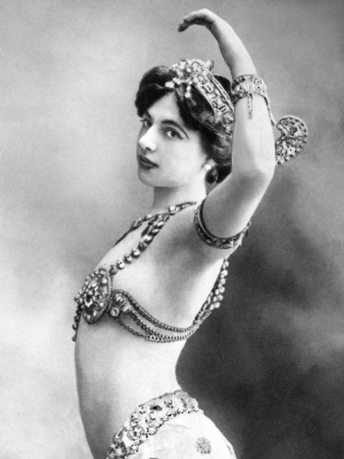 Mata Hari  Femme Fatale
