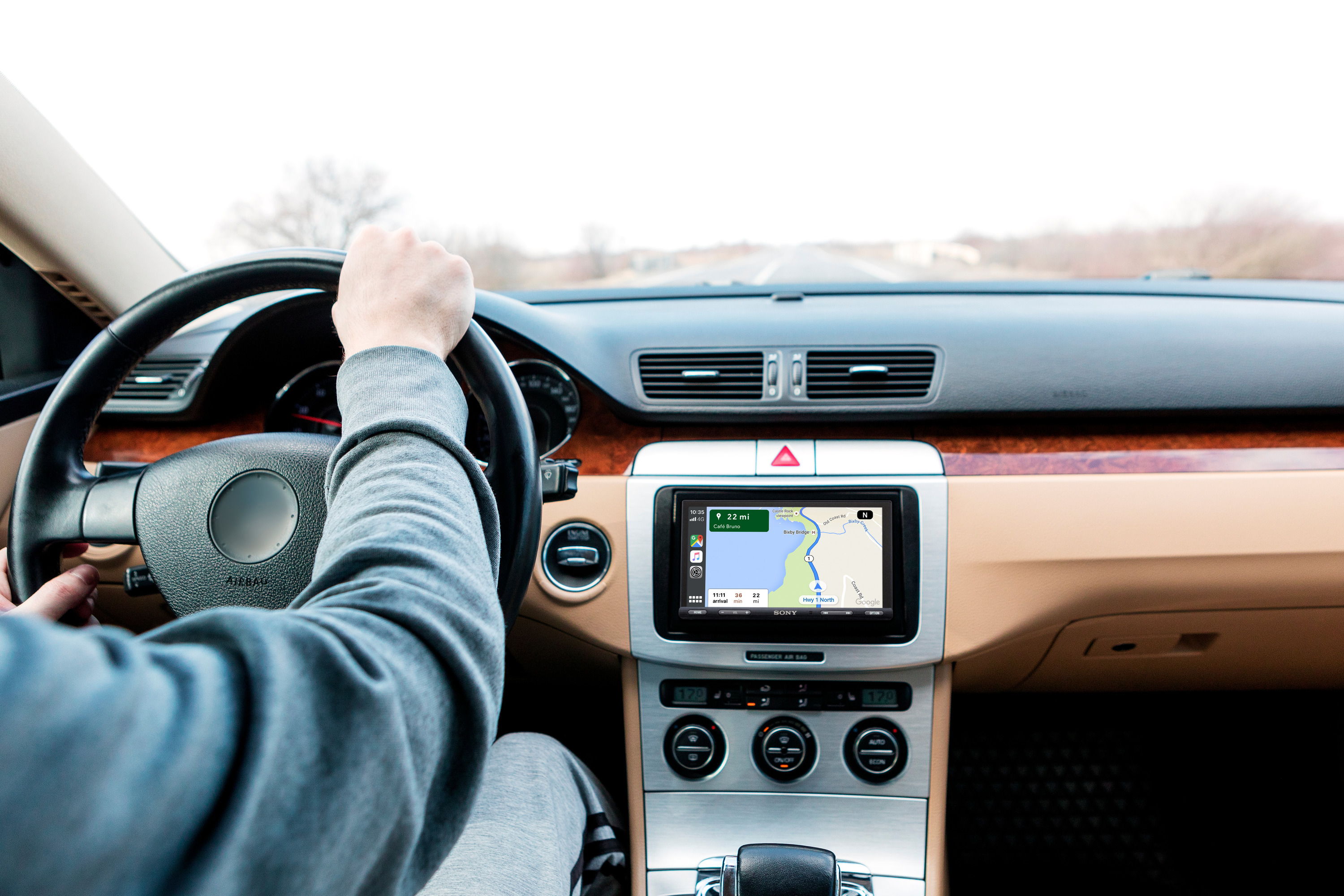 XAV-AX5500_Navigation_with_Apple_CarPlay__Google_Maps_-Large
