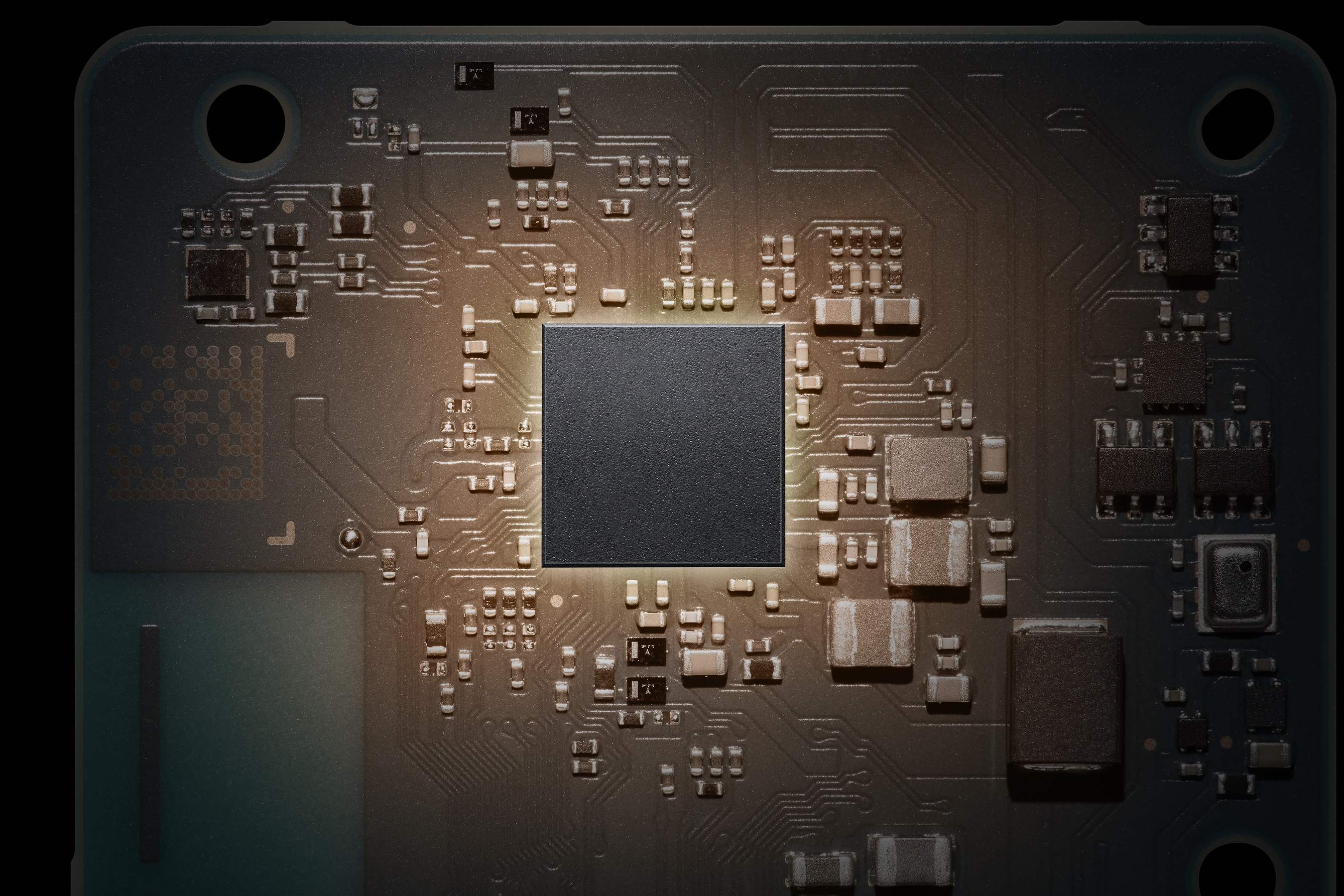 WH-1000XM4_Bluetooth_Audio_SoC
