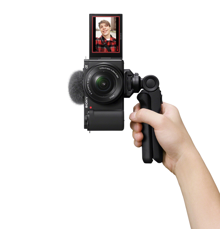 Alpha-ZV-E10_SELP1650_GPVPT2BT_selfie_vertical_black_02