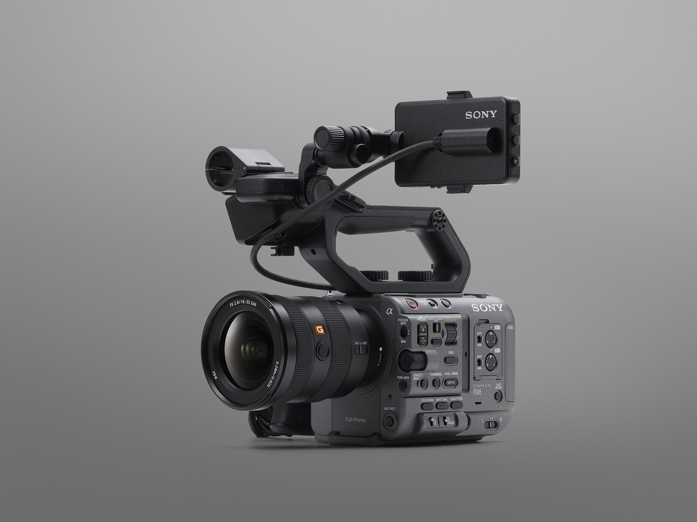 ILME-FX6-Hero-Cut-Gray-with-SEL1635GM