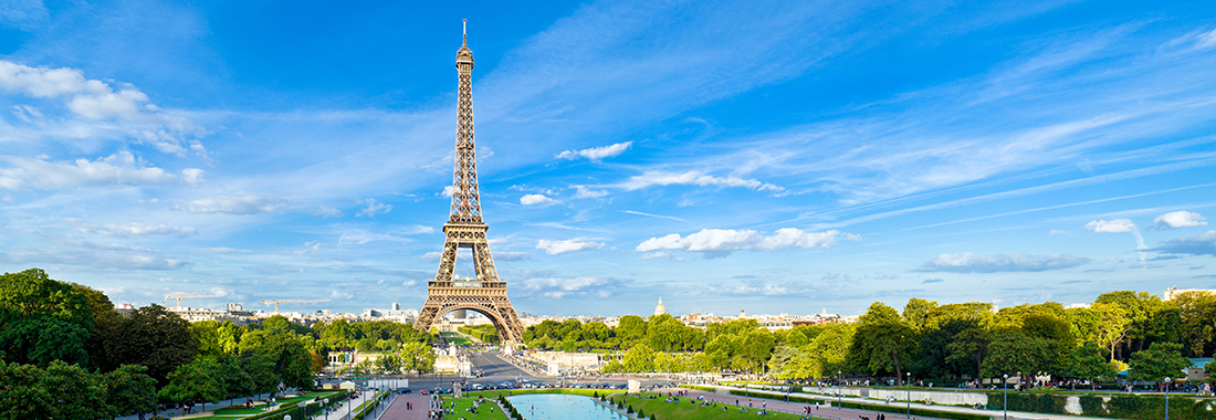 Royal Holiday - The City of Light. A favorite of visitors worldwide! - Experience Paris's brilliance. Take advantage of our special offers.