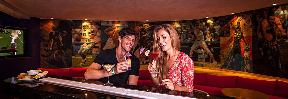 Royal Holiday - ¡Te esperan horas de diversión! - En los centros de entretenimiento en nuestros hoteles Park Royal.