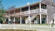 Royal Holiday - Island Manor Resort - 5