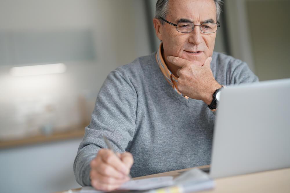 Tudo que você precisa saber sobre informe de rendimentos