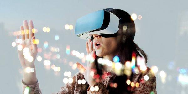 Tech Mahindra - 2017 review Top 10 Technology Disruptions  (1)
