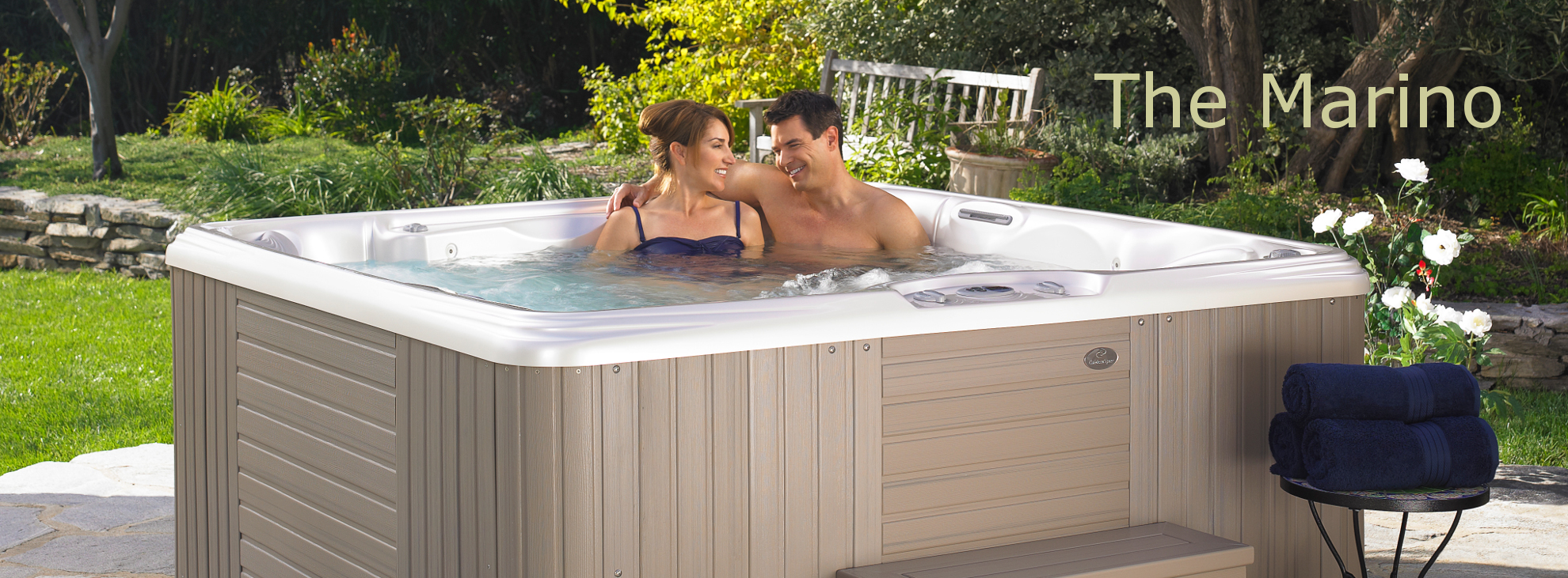 Marino 5 person lounge hot tub