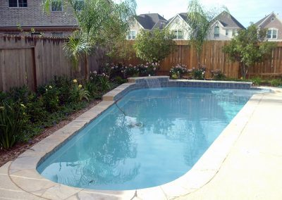 Pool-raised-beam-sheer-descent-acrylic-textured-decking