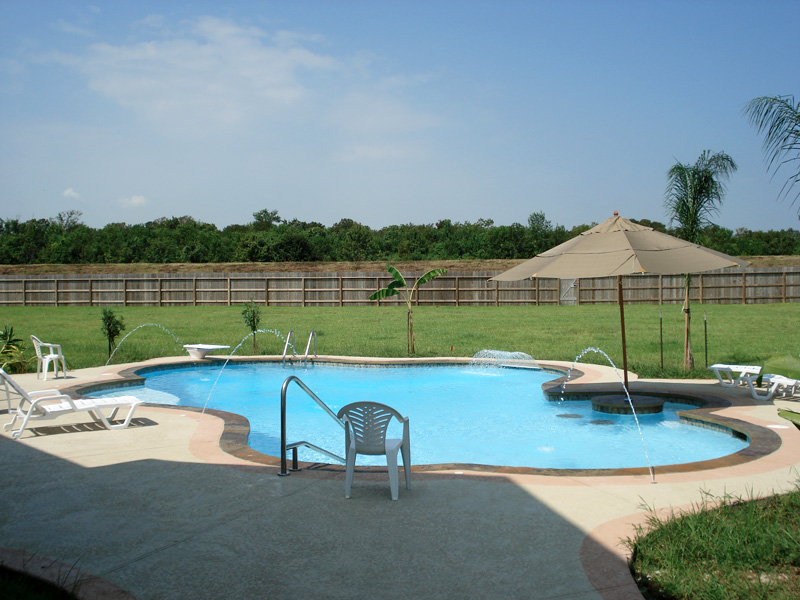 Water features photos - Arc swimming pool ...