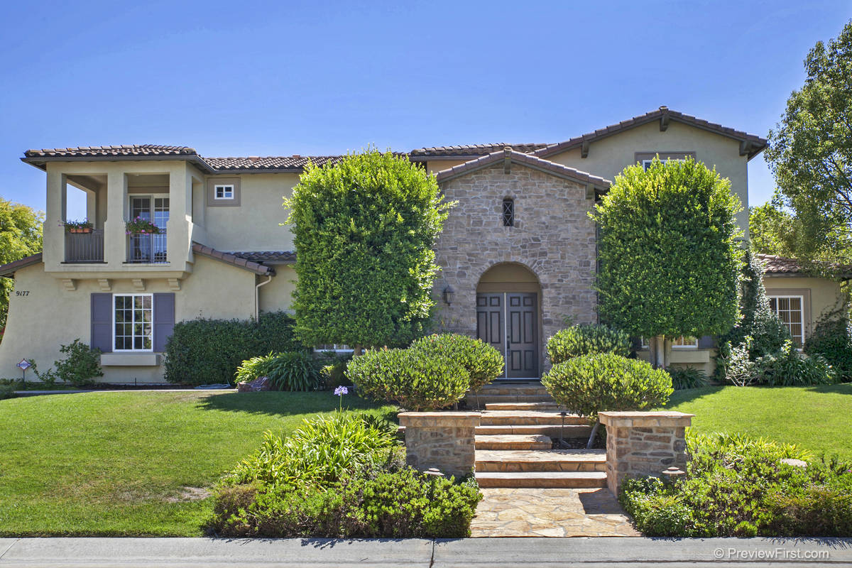 9177 Bernardo Lakes Drive San Diego, California 92127