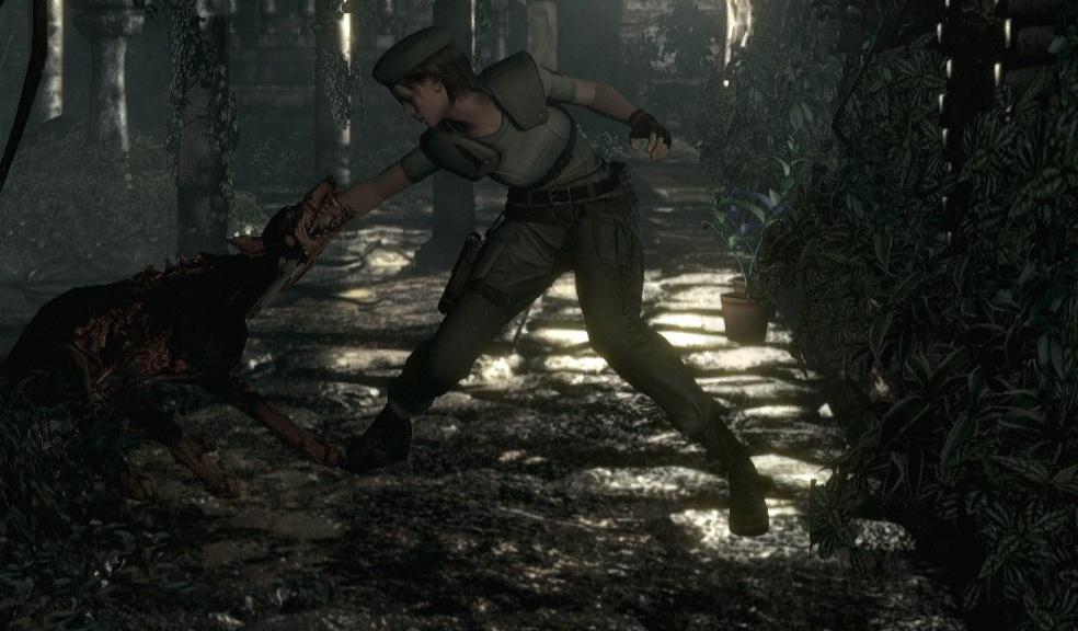 Resident Evil HD Remaster Beginner's Tips - Mixing Herbs, Burning