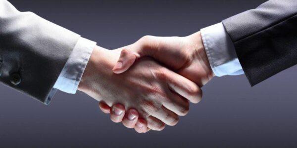 Handshake B2A883372D99F22795F3D3Ad93002F8A
