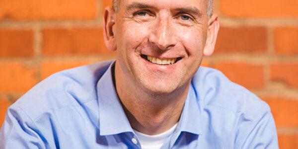 Tim Cook Headshot
