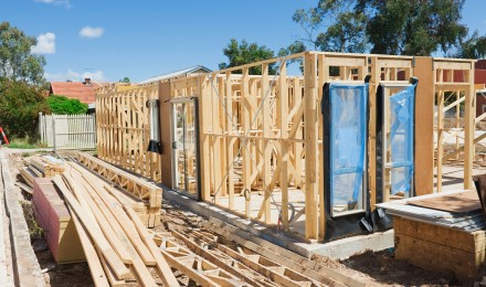 New House Construction Falls 9.9 Percent– Lowest Level in Year
