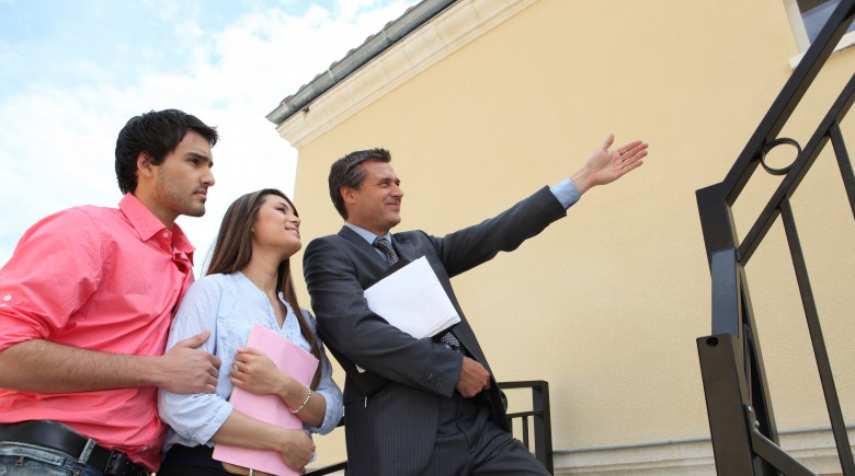 4 Signs That You Need a New Real Estate Agent