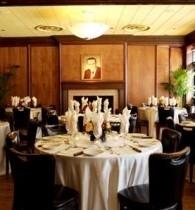 Stephens Fireplace Room At Gibsons Bar Steakhouse Rosemont Rosemont