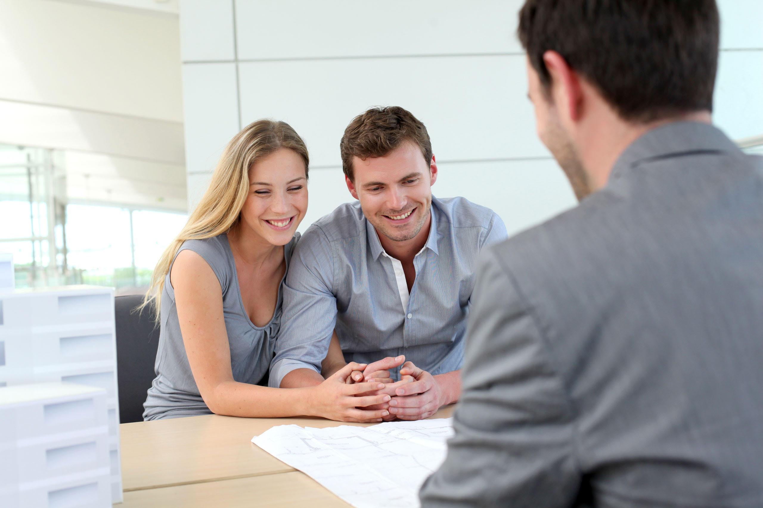 Photo Pourquoi choisir de travailler avec un courtier pour transiger dans votre transaction immobilière ?