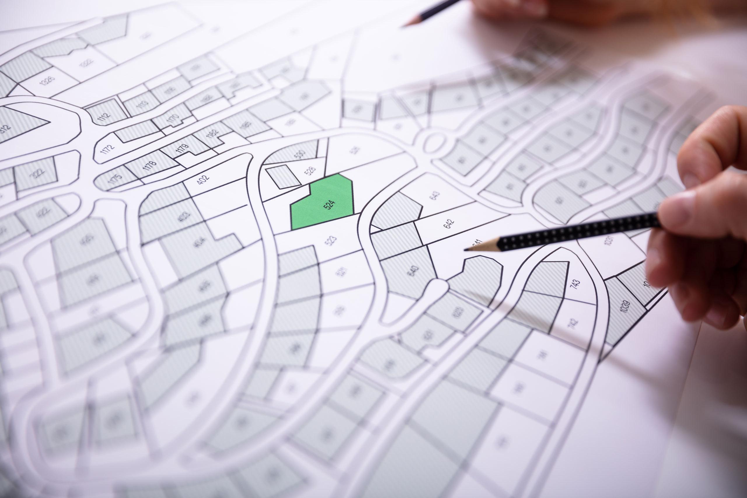Photo Vente ou achat d'une propriété Le certificat de localisation : une protection pour les deux parties