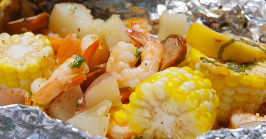 Grilled Shrimp Foil Packets Are The Only Thing You Need This Summer