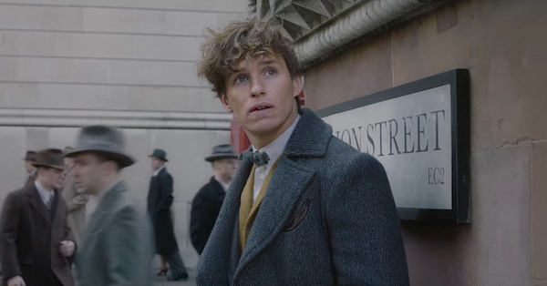 Watch the Fantastic Beasts: The Crimes of Grindelwald Trailer