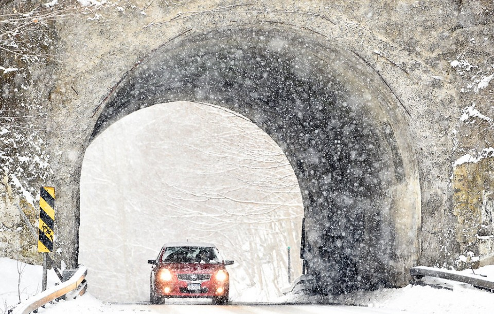 Many Upstate New York travelers stranded, delayed as winter storm sweeps in