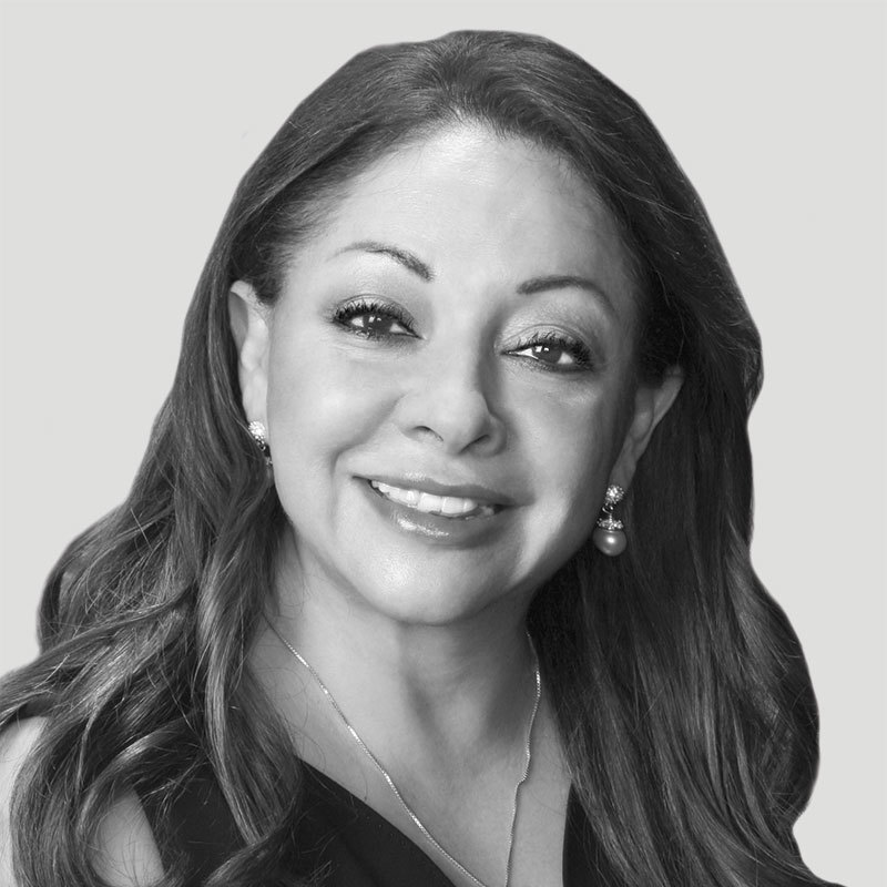 Dr. Elena Izquierdo