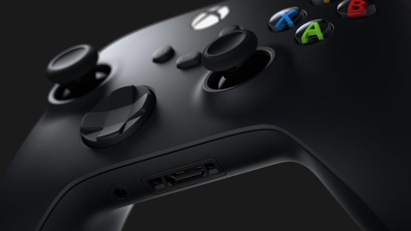 Microsoft Plans To Fix Disconnecting Xbox Series X Controller Issues