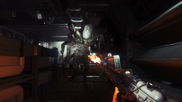 ... it's that human beings don't fare too well in  face-to-face-(to-tiny-face) encounters with the series' deadly xenomorphs.  That's true in Alien: Isolation ...