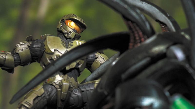 Halo 4 Forward Unto Dawn Statue Revealed Game Informer