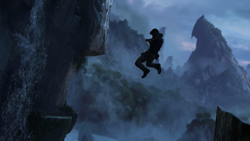 Uncharted%204_drake%20leaping.jpg