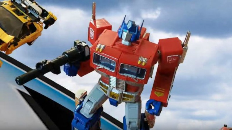 YouTuber Recreates Original Transformers Opening With Figures And Stop Motion
